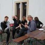 Vorbereitung auf die Gruppenfotos